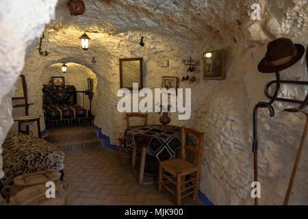 Cave dwelling interior, Museo Cuevas del Sacromonte, Granada, Andalucia, Spain - Stock Photo