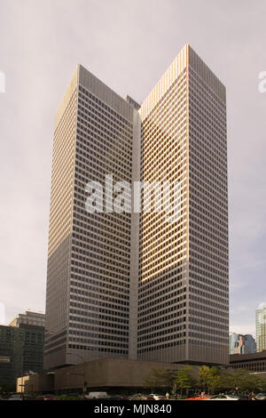 Place Ville-Marie architectural details of modern skyscraper in city of Montreal, Quebec, Canada. - Stock Photo