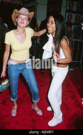 15 Jun 2000, Westwood, Los Angeles, California, USA --- Bijou Phillips and Aaliyah at the premiere of Me, Myself and Irene. --- ' Tsuni / USA 'Aaliyah with Bijou Phillips Aaliyah with Bijou Phillips inquiry tsuni@Gamma-USA.com - Stock Photo