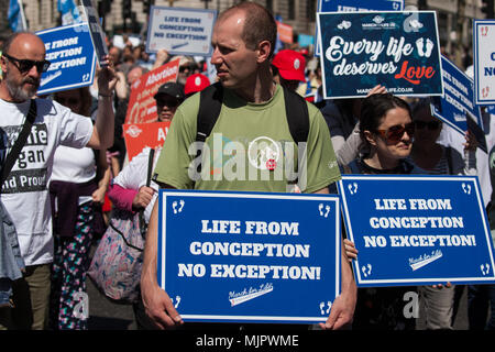 London, UK. 5th May, 2018. Pro-lifers take part in the first UK March for Life through central London. Credit: Mark Kerrison/Alamy Live News - Stock Photo