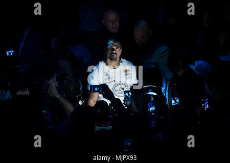 London, UK. 5th May, 2018. Bellew vs Haye heavyweight boxing rematch at The O2. Credit: Guy Corbishley/Alamy Live News - Stock Photo
