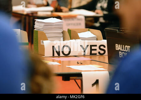 A pile of Yes and No votes after the Scottish independence referendum - Stock Photo
