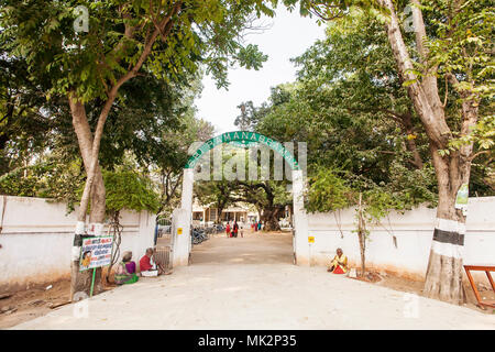 Arunachala, Tiruvannamalai / Tamil Nadu / India, January 22, 2018: Sri Ramana Maharshi Ashram entrance - Stock Photo