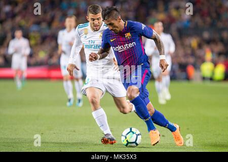 SPAIN - 6th of May: FC Barcelona midfielder Paulinho (15) during the match between FC Barcelona against Real Madrid for the round 36 of the Liga Santander, played at Camp Nou Stadium on 6th May 2018 in Barcelona, Spain. (Credit: Mikel Trigueros /Urbanandsport / Cordon Press)  Cordon Press - Stock Photo