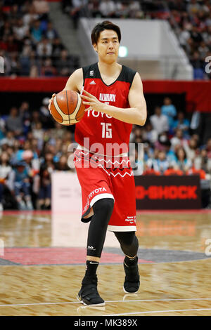 Tokyo, Japan. 6th May, 2018. Joji Takeuchi (ALVARK) Basketball : 2017-18 B.LEAGUE B1 game between Alvark Tokyo 106-68 Kyoto Hannaryz at Tachikawa Tachihi Arena in Tokyo, Japan . Credit: Yusuke Nakanishi/AFLO SPORT/Alamy Live News - Stock Photo