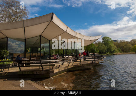 The Serpentine Bar & Kitchen in Hyde Park - Stock Photo
