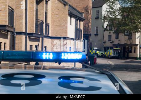 Oxford, Oxfordshire, UK. 7th May 2018, Police incident in Central Oxford Credit: Stanislav Halcin/Alamy Live News - Stock Photo