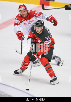 Herning, Denmark May 07, 2018. IIHF Ice Hockey World Cup 2018, Herning, May 07, 2018 Ryan NUGENT-HOPKINS, CAN 93 Frederik STORM, DAN 9   CANADA - DENMARK 7-1 Icehockey Worldcup 2018 DEB , in Herning, Denmark May 07, 2018 © Peter Schatz / Alamy Live News - Stock Photo