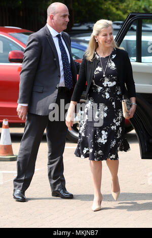 Chichester, UK. 8th May 2018. Royal visit, Chichester, West Sussex, UK. Dementia Support, are delighted to announce the official opening of its new facility: Sage House, by Her Royal Highness The Countess of Wessex on Tuesday 8th May. Tuesday 8th May 2018 © Sam Stephenson/Alamy Live News. - Stock Photo