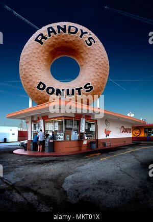 Randy's Donuts Inglewood California - Stock Photo