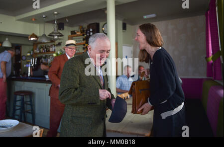 Brighton UK 9th May 2018 - Renowned artists Gilbert and George enjoyed a pub lunch before visiting their own exhibition at Brighton Museum and Art Gallery which is showing until September until September .  Photograph taken by Simon Dack Credit: Simon Dack/Alamy Live News - Stock Photo
