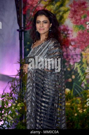 Mumbai, India. 8th May, 2018. Indian film actress Kajol attend the wedding reception of actress Sonam Kapoor and Anand Ahuja at hotel Leela in Mumbai. Credit: Azhar Khan/SOPA Images/ZUMA Wire/Alamy Live News - Stock Photo