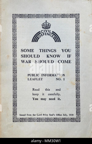 CIVIL DEFENCE, SECOND WORLD WAR, SOME THINGS TO KNOW IF WAR SHOULD COME, PUBLIC INFORMATION LEAFLET - Stock Photo