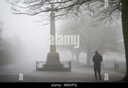 Park Walk Shaftesbury Dorset England UK on a foggy day in February 2018. In clear weather it is noted for its views over the countryside. - Stock Photo