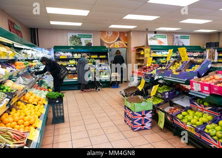 Grand display of fruit and vegetables, Bartlett and white greengrocers Ramsgate - Stock Photo
