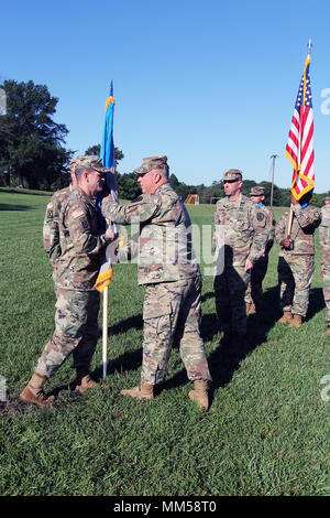 Col Dave Branch Commander Of The 780th Military Intelligence Brigade Was The Keynote Speaker And Participated In A Ribbon Cutting Ceremony At A New U S Army Intelligence And Security Command Inscom Facility