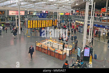Piccadilly Railway Station, Manchester, Lancs, England, UK - Stock Photo