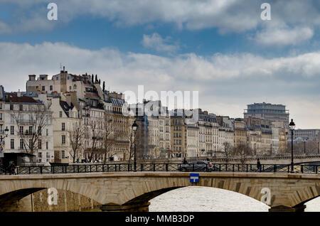 Pont de l'Archevêché looking towards the buildings and apartments on  Île Saint-Louis,Paris ,France - Stock Photo