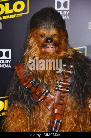 Los Angeles, USA. 10th May, 2018. Chewbacca 081 attends the premiere of Disney Pictures and Lucasfilm's 'Solo: A Star Wars Story' on May 10, 2018 in Hollywood, California. Credit: Tsuni / USA/Alamy Live News - Stock Photo