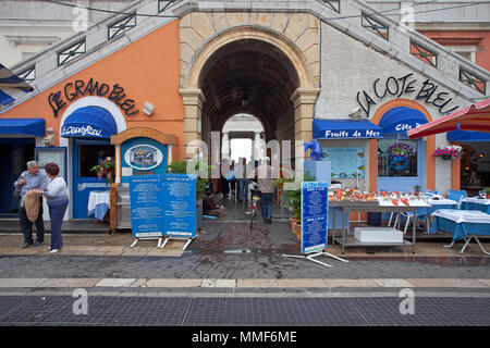 Seafood restaurant at place Cours Saleya, Nice, Côte d'Azur, Alpes-Maritimes, South France, France, Europe - Stock Photo