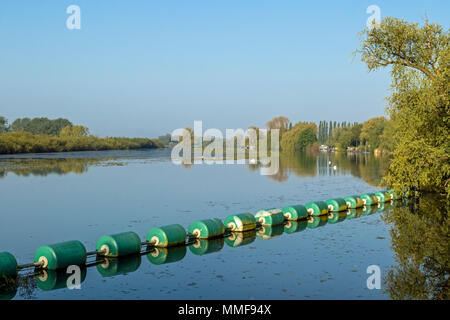 View down the River Great Ouse, Earith Sluice, Cambridgeshire - Stock Photo