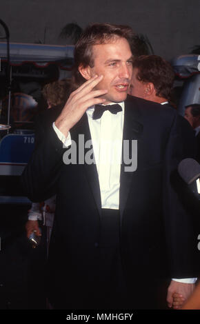 BURBANK, CA - JUNE 02: Actor Kevin Costner attends Warner Bros. Studio Rededication event at Warner Bros. Studios on June 2, 1990 in Burbank, California. Photo by Barry King/Alamy Stock Photo - Stock Photo