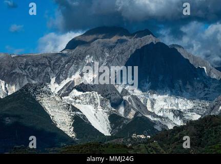 Carrara marble quarries, Tuscany, Italy. Stock Photo