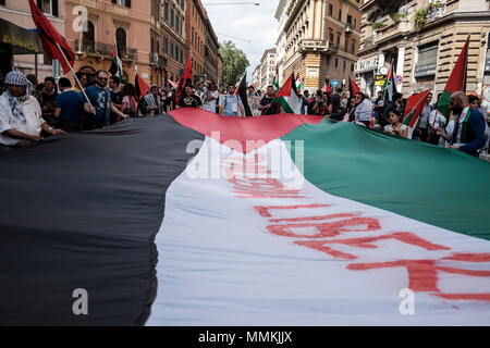 Rome, Italy. 12th May, 2018. Thousand of protesters gathered for a demonstration to mark the 70th anniversary of the Nakba and to protest against the US president's Donald Trump recognition of Jerusalem as Israel's capital. Credit: Giuseppe Ciccia/Alamy Live News - Stock Photo