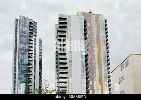 The new Skyline Apartments at Woodberry Down, off Seven Sisters Road, North London UK - Stock Photo