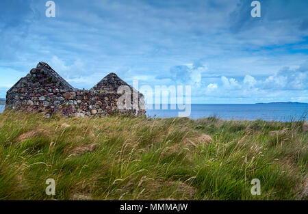 Abandoned croft house near Laide in Wester Ross, Scotland - Stock Photo