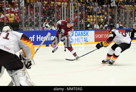Herning, Denmark.. 12th May, 2018. Ronalds Kenins from Team Latvia and Dennis Seidenberg from Team Germany during the match between Latvia and Germany on 12.05.2018 in Herning, Denmark. (Photo by Marco Leipold/City-Press GbR) | usage worldwide Credit: dpa picture alliance/Alamy Live News - Stock Photo