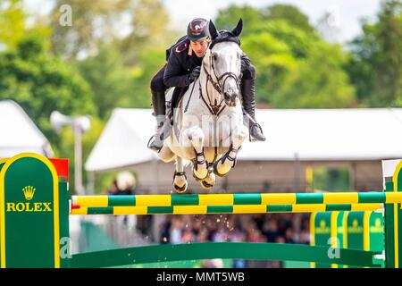 Windsor, Berkshire, UK. 13th May, 2018. Windsor, UK. 13th May, 2018. Windsor, UK. 13th May, 2018. Day 5. Royal Windsor Horse Show. Windsor. Berkshire. UK.  Showjumping. Rolex Grand Prix. Emanuele Gaudiano riding Caspar 232. ITA.  3rd place.13/05/2018. Credit: Sport In Pictures/Alamy Live News Credit: Sport In Pictures/Alamy Live News Credit: Sport In Pictures/Alamy Live News - Stock Photo
