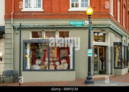 L'enfant Gallery Antiques, 1442 Wisconsin Avenue NW, Georgetown, Washington DC - Stock Photo