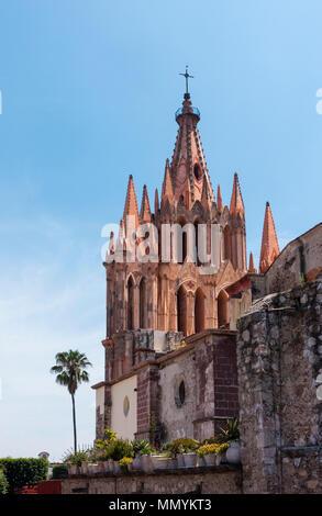 La Parroquia de San Miguel Arcángel in San Miguel de Allende, Mexico - Stock Photo