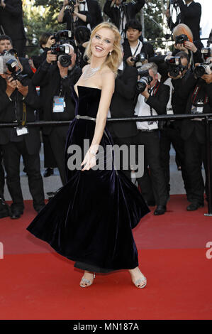 Eva Herzigova attending the 'Ash Is Purest White / Jiang hu er nv' premiere during the 71st Cannes Film Festival at the Palais des Festivals on May 11, 2018 in Cannes, France | usage worldwide - Stock Photo