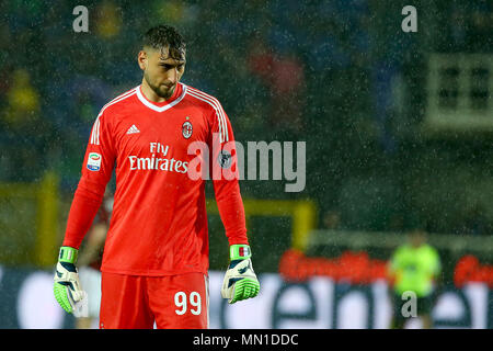 Turin, Italy. 13th May, 2018. football, Serie A championship 2017-2018 13-5-2018 Atalanta vs. Milan 1-1 in the picture: Donnarumma Credit: Independent Photo Agency/Alamy Live News - Stock Photo