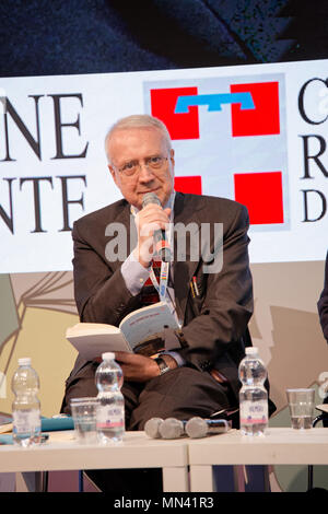Turin, Italy. 13 May, 2018. Turin Book Fair: Paolo Flores d'Arcais at the presentation of the Boualem Sansal's book:'Nel nome di Allah'. MLBARIONA/Alamy Live News. - Stock Photo