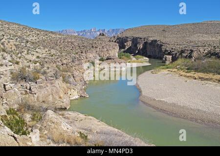 Rio Grande River flowing through a Canyon along the Mexican border, Big Bend National Park, Texas, USA