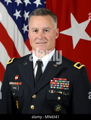 U.S. Army Brig. Gen. Michael J. Tarsa, Deputy Director J-5 (Joint Staff, Plans and Policy for Europe, NATO and Russia), poses for a command portrait in the Army portrait studio at the Pentagon in Arlington, VA, Aug. 7, 2017.  (U.S. Army photo by Monica King/Released) - Stock Photo