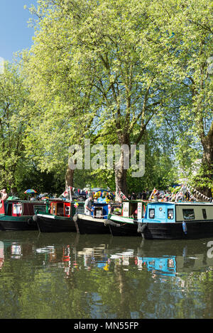 Bank Holiday weekend IWA Canalway Cavalcade waterways festival in London's Little Venice. - Stock Photo