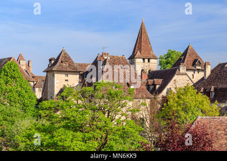 France, Lot, Haut Quercy, Dordogne Valley, Carennac, labelled Les Plus Beaux Villages de France (The Most beautiful Villages of France), houses and Sa - Stock Photo