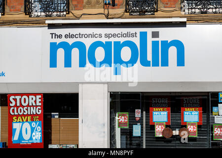 A Maplin store pictured after the electronic goods retailer fell into administration in 2018 / Maplin storefront, Maplin logo, Maplin sign. - Stock Photo
