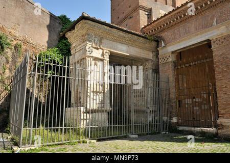 Italy rome arco degli argentari stock photo 66071938 for Arco arredamenti san giorgio