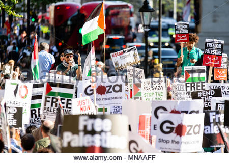 London, Great Britain. 15th May 2018. After more than 50 people were killed and 2000 wounded by Israeli soldiers in Gaza, the Palestine Solidarity Campaign, supported by Stop The War Coalition and the Muslim Association of Britain organised a protest against the 70 years of Nakba, and for the right of the Palestinians to return to their homeland. Credit: David Nash/Alamy Live News - Stock Photo