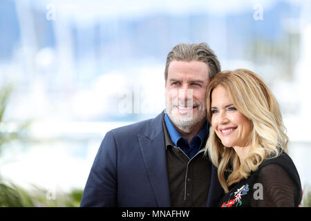 Cannes, France. 15th May, 2018. Actor John Travolta and his wife Kelly Preston pose during a photocall for the film 'Gotti' at the 71st Cannes International Film Festival in Cannes, France, on May 15, 2018. The 71st Cannes International Film Festival is held from May 8 to May 19. Credit: Luo Huanhuan/Xinhua/Alamy Live News - Stock Photo