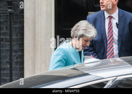 London UK. 16th May 2018. British Prime Minister Theresa May leaves No 10 Dowing Street to attend the weekly PMQ Prime Minister Questions at Parlilament Credit: amer ghazzal/Alamy Live News - Stock Photo