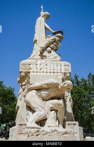 Lisbon Portugal monument to World War 1 in Avenida da ...
