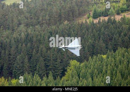 Ladybower Reservoir, Derbyshire, UK. 16thMay 2018 , Ladybower Reservoir, Derbyshire, England; Battle of Britain Memorial flight to mark the 75th anniversary of the 617 Squadron Dambusters operation; Credit: News Images /Alamy Live News - Stock Photo