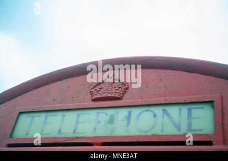 Leicestershire, UK. 16th May 2018. An old telephone box is used as a communal book exchange or local library in the village of Drayton, Leicestershire, UK. © flab lstr / Alamy Live News - Stock Photo