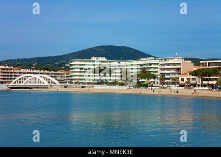Beach of Sainte-Maxime, Cote d'Azur, Département Var, Provence-Alpes-Côte d'Azur, South France, France, Europe - Stock Photo